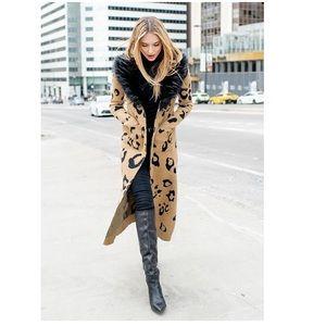 Donna Salyers FABULOUS FURS faux fur coat   Leo